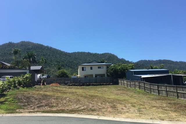 8 Ryben Court, Cannonvale QLD 4802