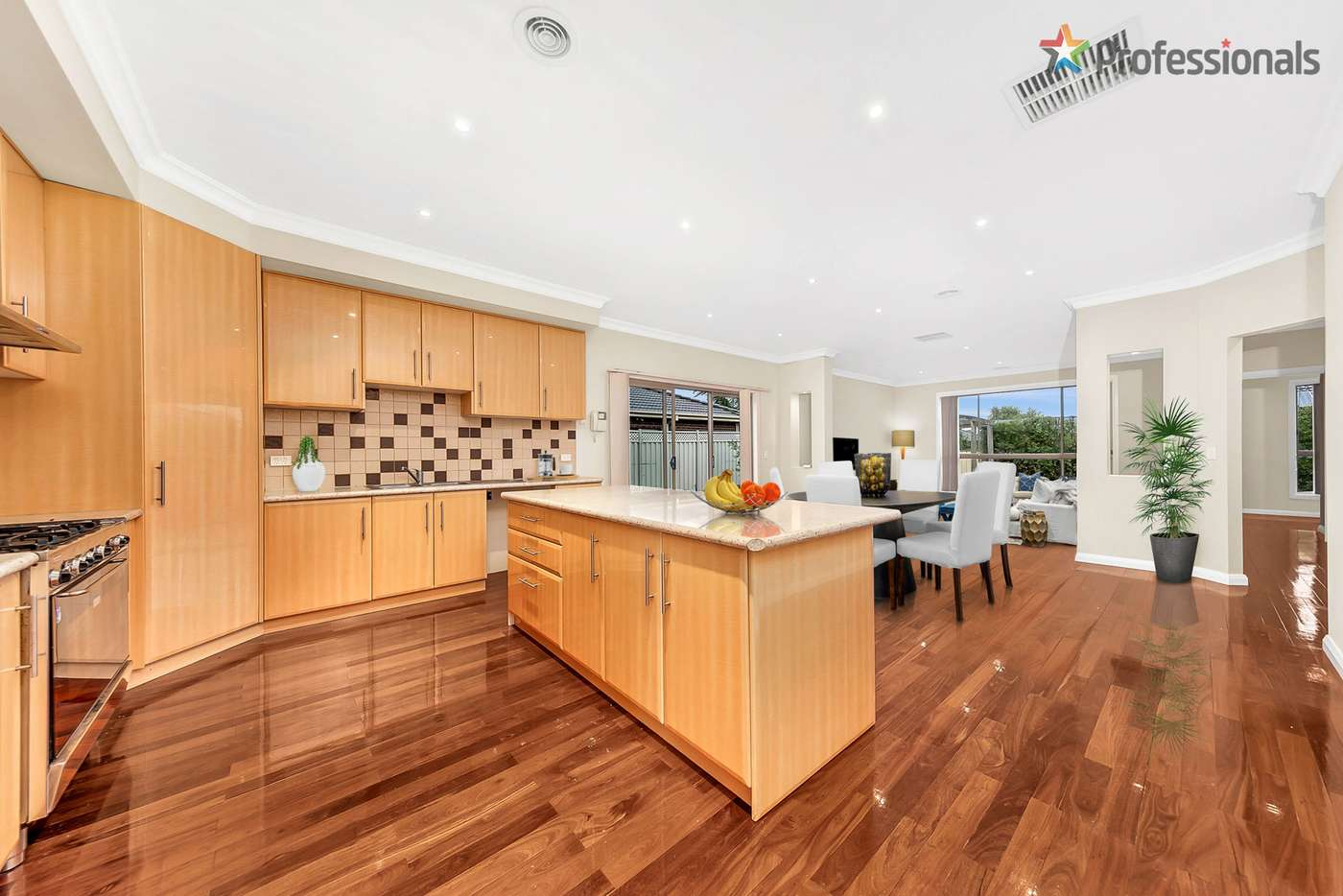 Sixth view of Homely house listing, 31 Nepean Way, Taylors Hill VIC 3037