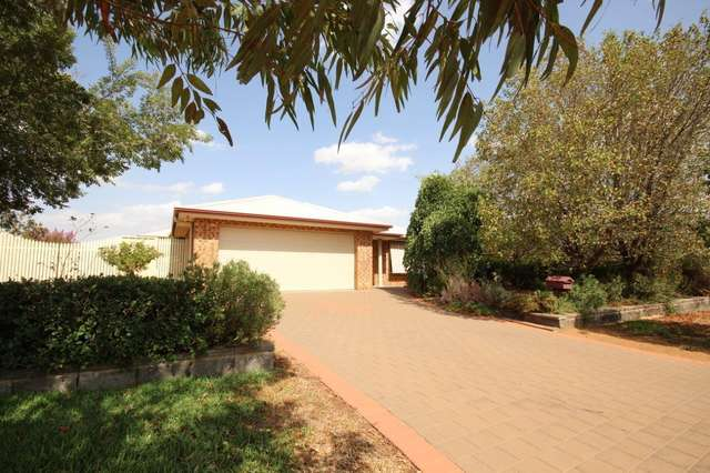 13 William Farrer Drive, Dubbo NSW 2830