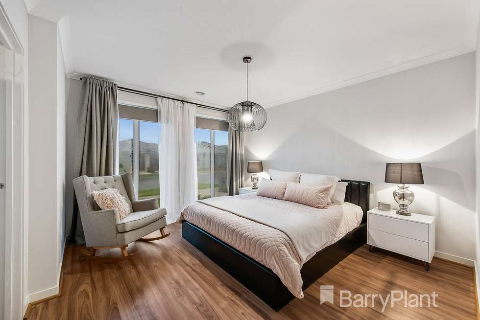Second view of Homely house listing, 17 Cuttlefish Circuit, Tarneit VIC 3029