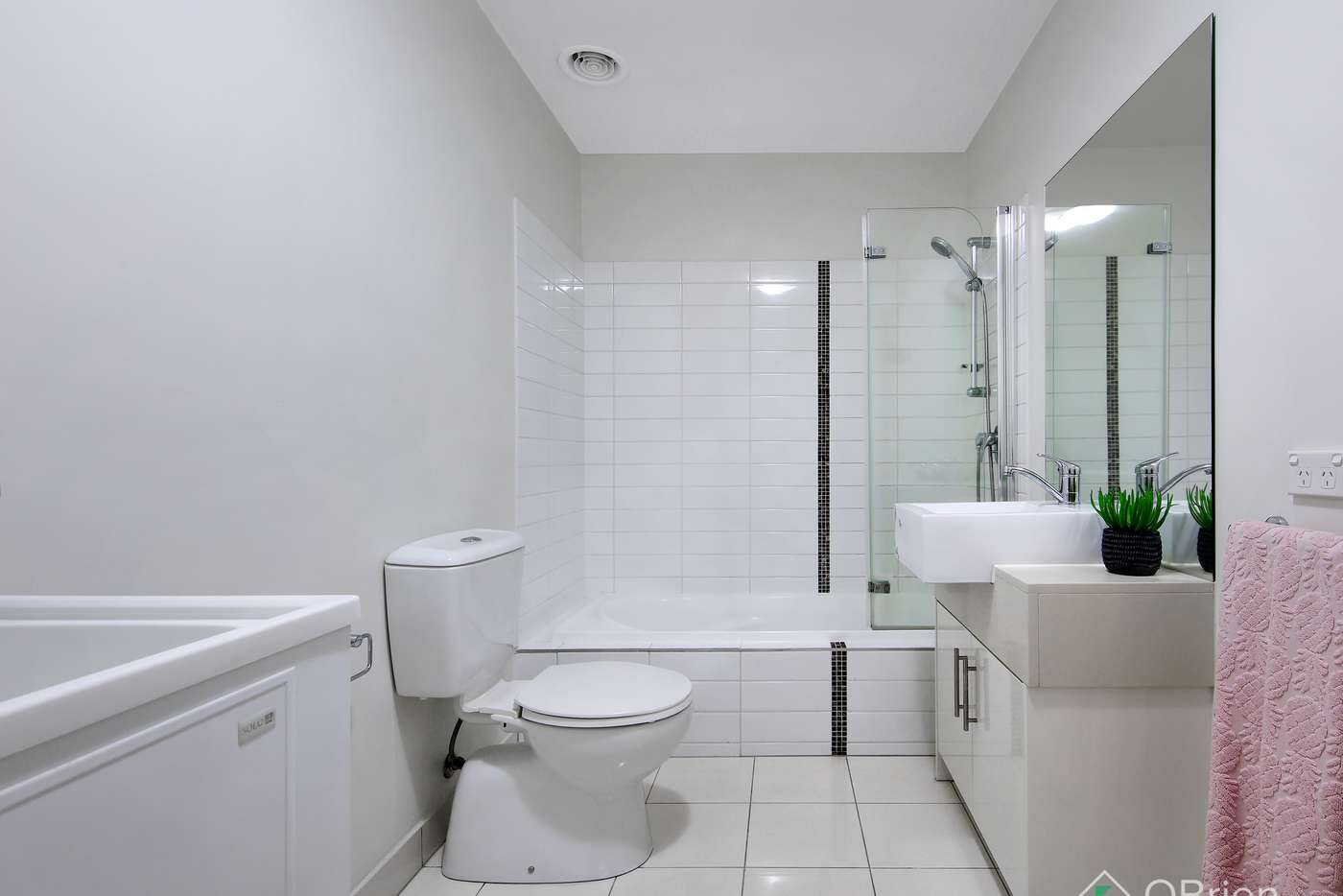 Seventh view of Homely apartment listing, 16/13 Logie Street, Oakleigh VIC 3166