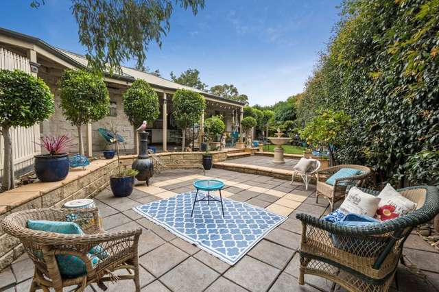 10 Peppermint Place, Somerville VIC 3912
