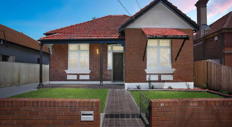 4 Griffiths Street