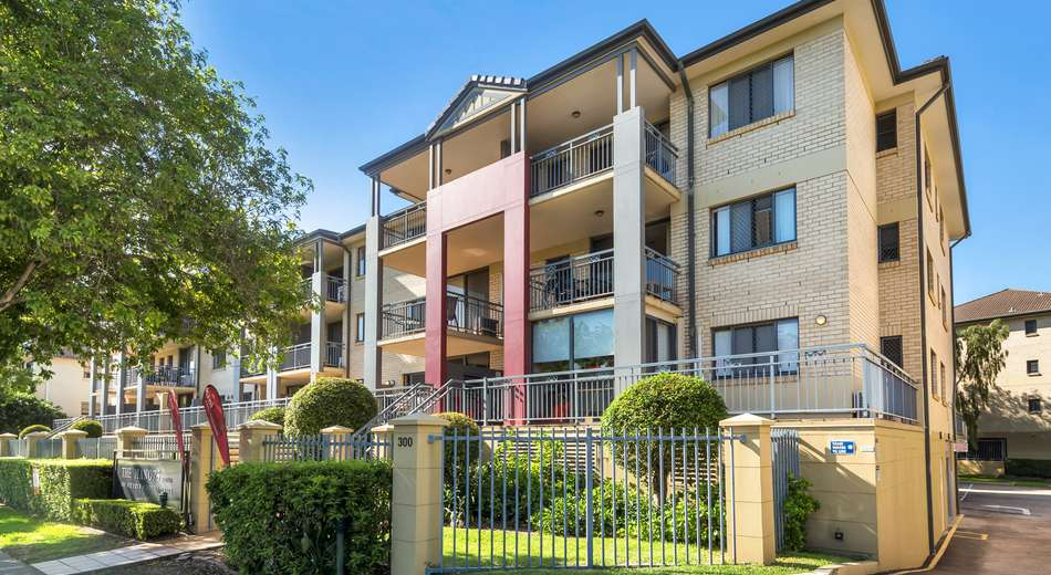 3/300 Sir Fred Schonell Drive, St Lucia QLD 4067