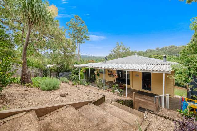10 Mundara Court, Coes Creek QLD 4560