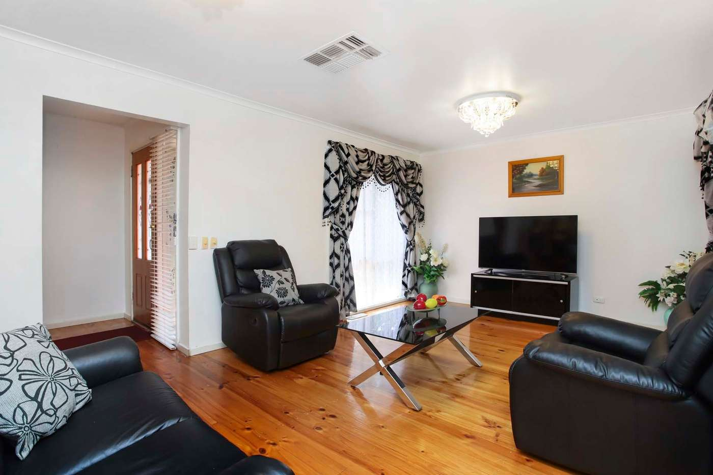 Sixth view of Homely house listing, 8 Mourell Street, Sunshine West VIC 3020
