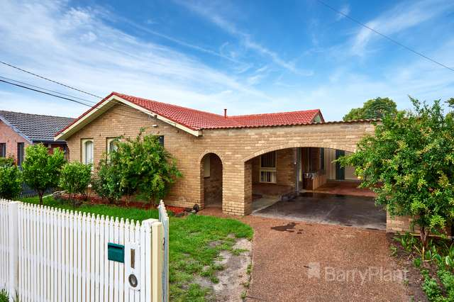 4 Shaftesbury Court, Keysborough VIC 3173