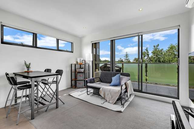235/270 Springvale Road, Glen Waverley VIC 3150