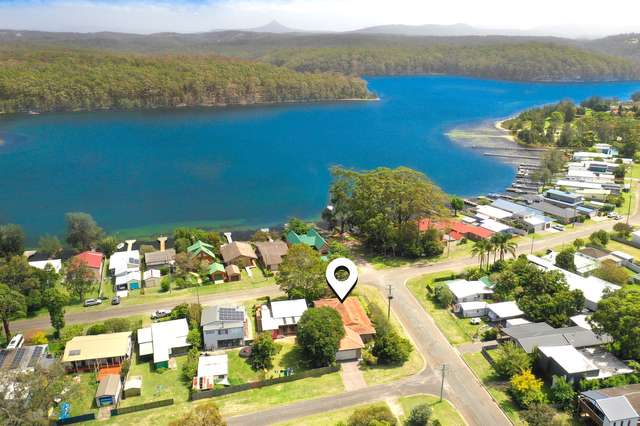 44 Lakeview Drive, Burrill Lake NSW 2539