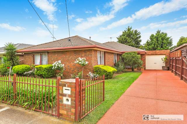 5 Pyramus Place, Altona Meadows VIC 3028