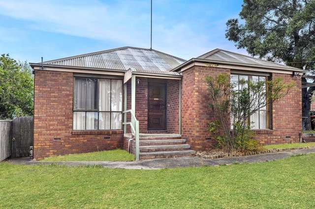 4 Recreation Road, Mount Clear VIC 3350