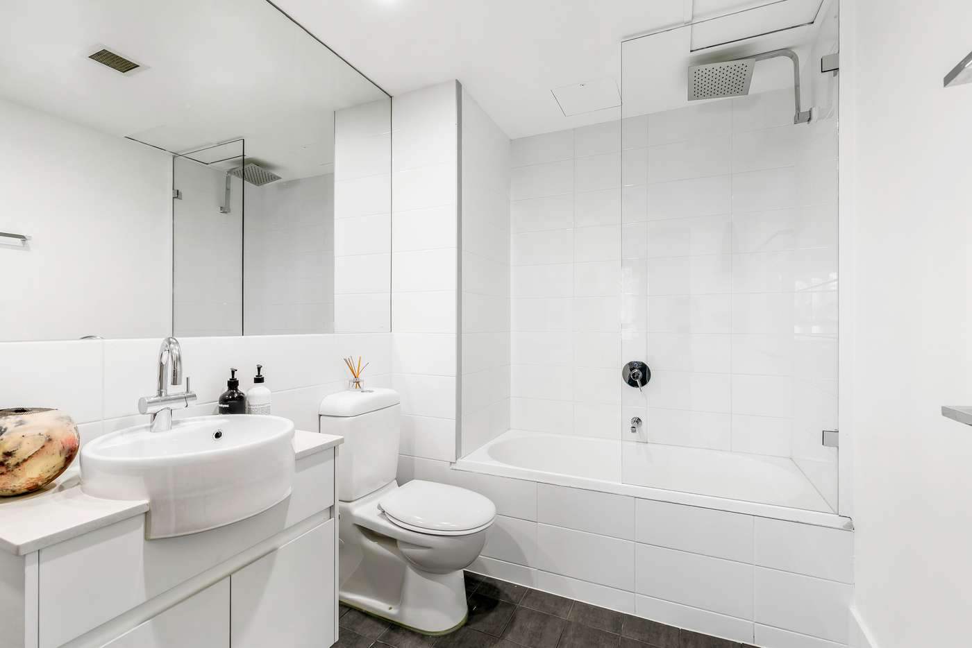 Fifth view of Homely apartment listing, C401/5 Hunter Street, Waterloo NSW 2017