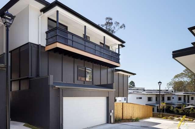 15 Kersley Road, Kenmore QLD 4069