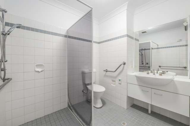 212/3 Violet Town Road, Mount Hutton NSW 2290