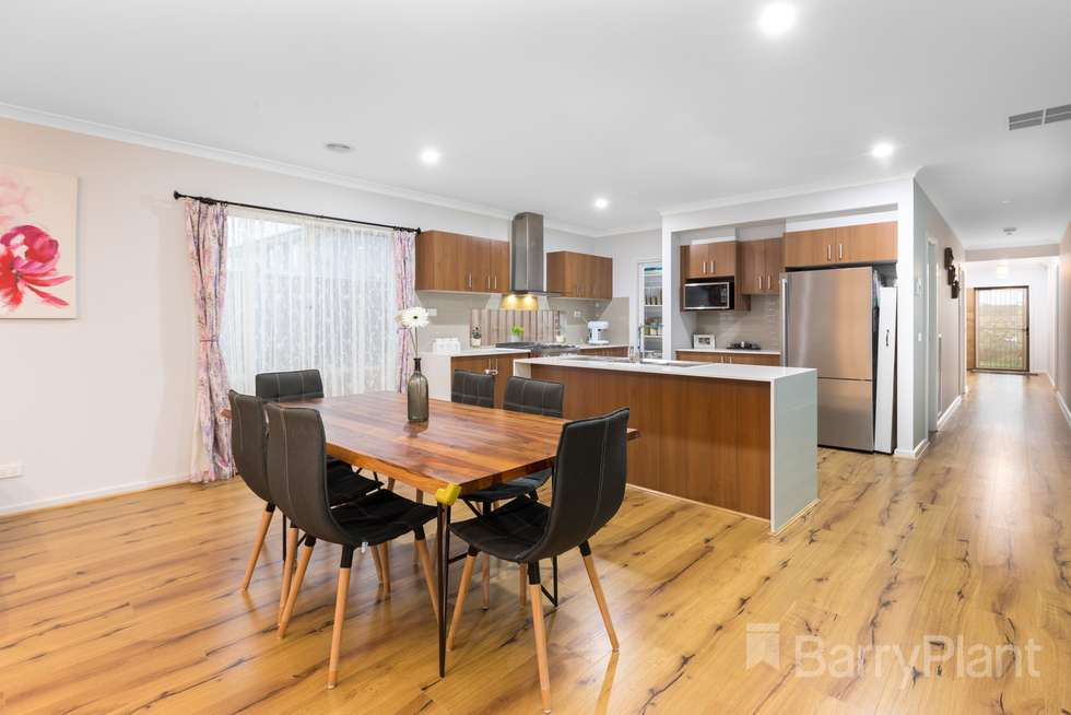 Fifth view of Homely house listing, 15 Perrin Circuit, Tarneit VIC 3029