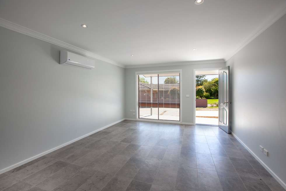 Fifth view of Homely unit listing, 1/30 Huon Creek Road, Wodonga VIC 3690