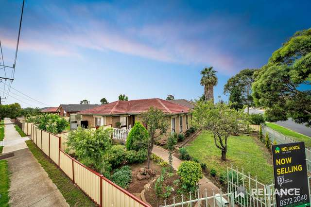 1 Cromwell Road, Kings Park VIC 3021