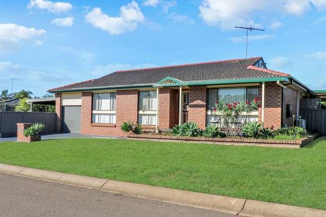 18 Lyrebird Crescent, St Clair NSW 2759