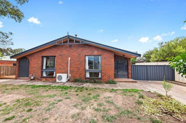 17 Laxdale Court, Kangaroo Flat VIC 3555