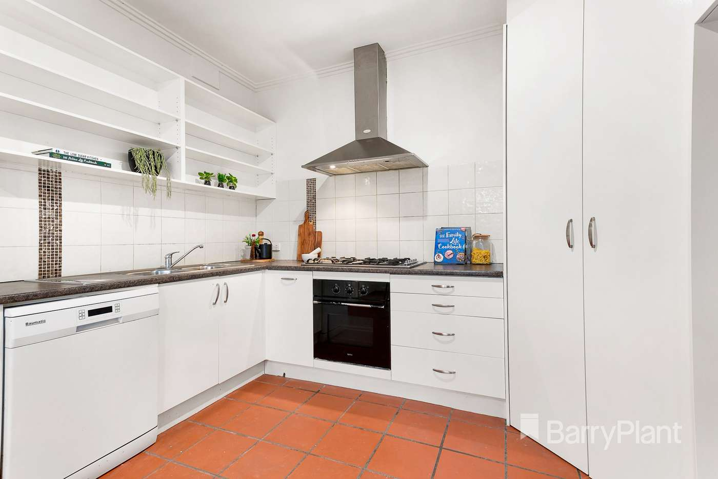 Fifth view of Homely house listing, 4 Curzon Street, Ivanhoe VIC 3079