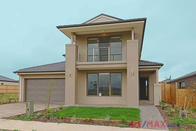 12 Colonial Circuit, Tarneit VIC 3029
