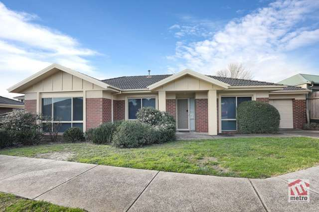 6 Regency Court, Carrum Downs VIC 3201