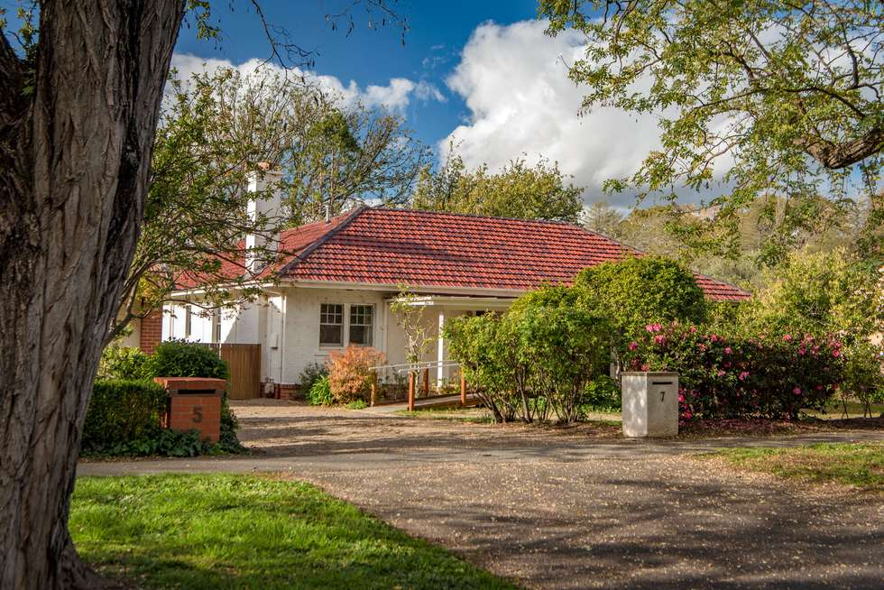 Second view of Homely house listing, 7 Gipps Street, Barton ACT 2600