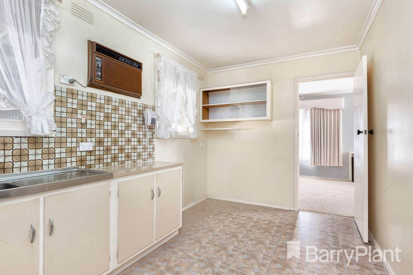 Sixth view of Homely house listing, 8 Putt Grove, Keysborough VIC 3173
