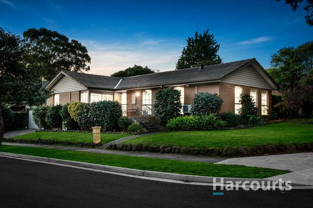 18 Smithfield Square, Wantirna VIC 3152