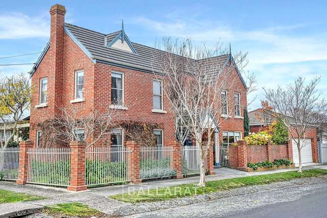 2 High Street, Lake Wendouree VIC 3350