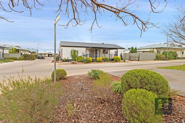 12 Perry Place, Moama NSW 2731