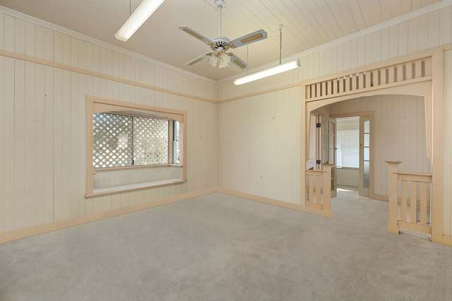 155 Bennetts Road, Norman Park QLD 4170
