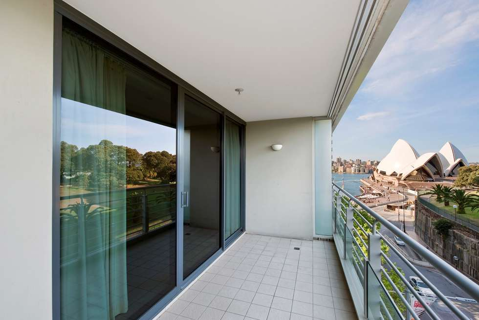 Third view of Homely apartment listing, 61/3 Macquarie Street, Sydney NSW 2000