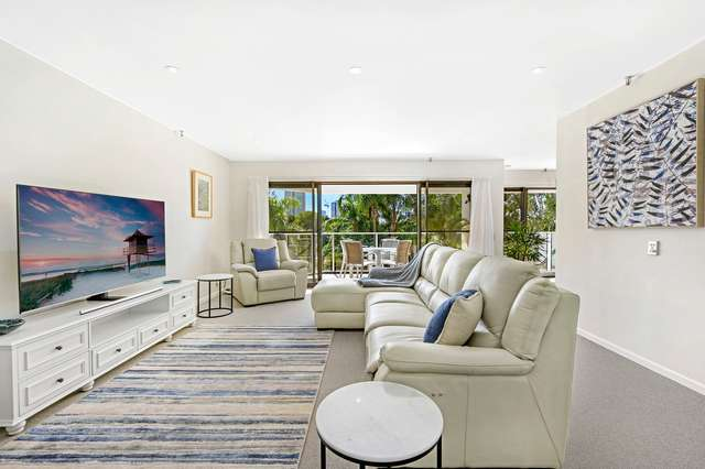 9/2 Admiralty Drive, Paradise Waters QLD 4217