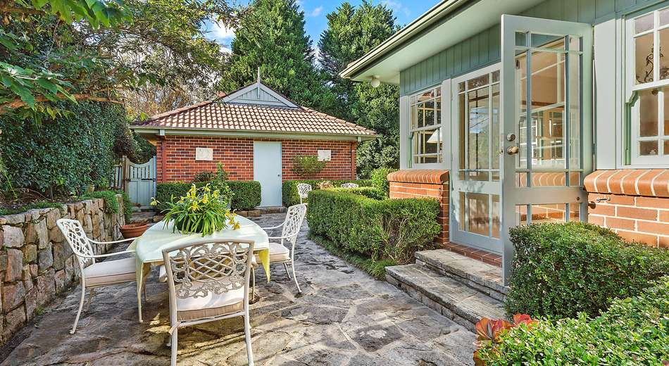 4 Warrigal Road, Frenchs Forest NSW 2086