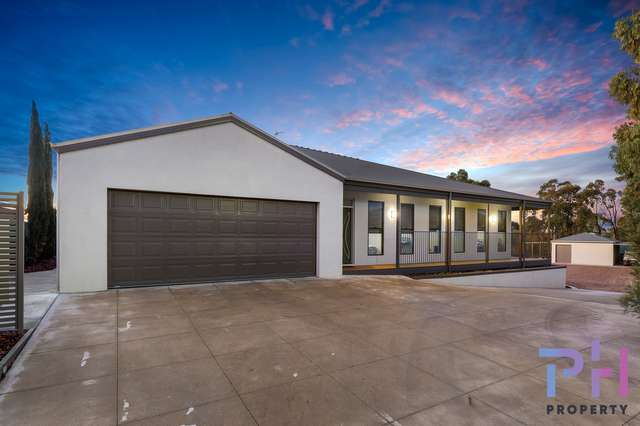 9 Fellows Place, Maiden Gully VIC 3551