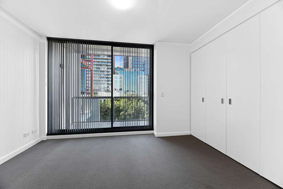 Third view of Homely apartment listing, 810/45 Shelley Street, Sydney NSW 2000
