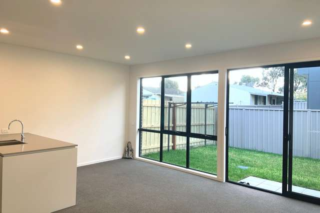 32 Royal Road, Braybrook VIC 3019