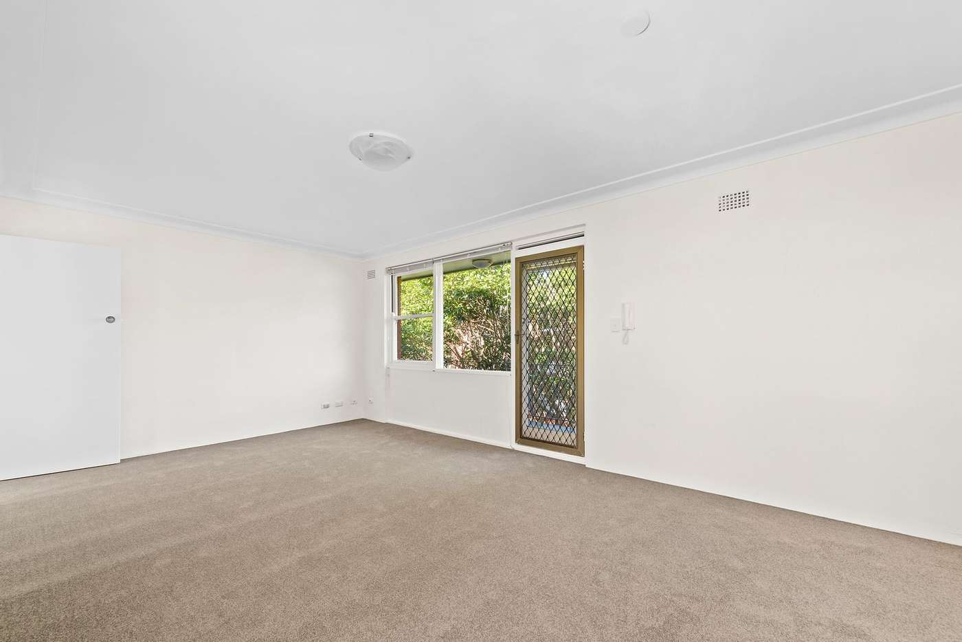 Main view of Homely apartment listing, 9/11A Byron Street, Coogee NSW 2034