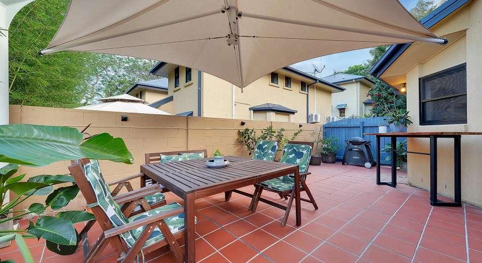 2/30 Rokeby Terrace, Taringa QLD 4068