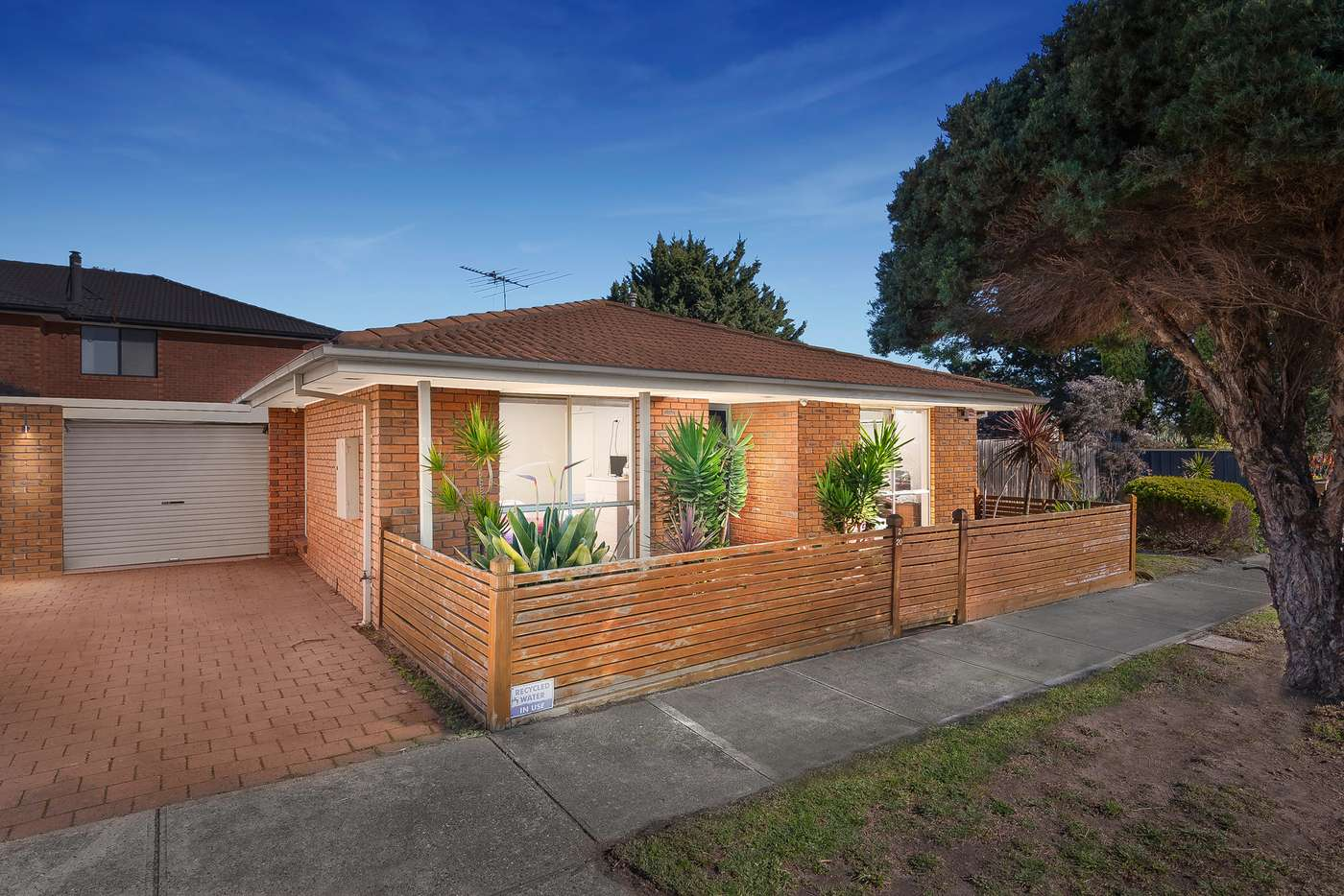 Main view of Homely unit listing, 2/20 Frost Drive, Delahey VIC 3037