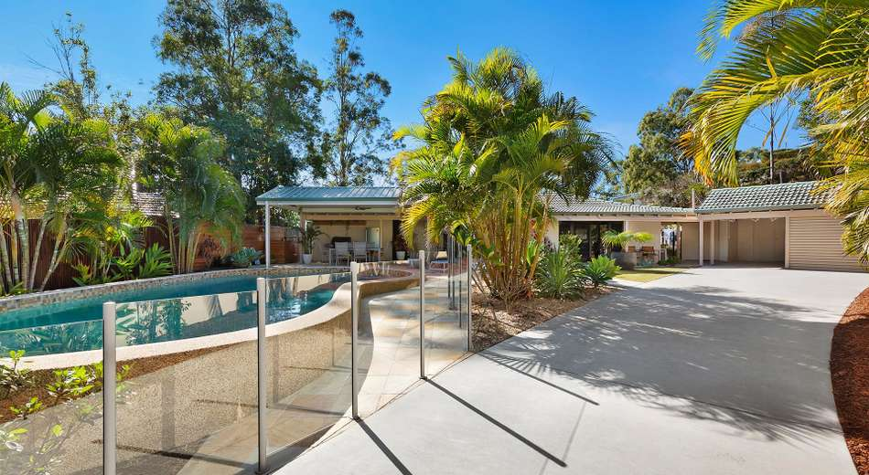2 Welcome Street, Chapel Hill QLD 4069