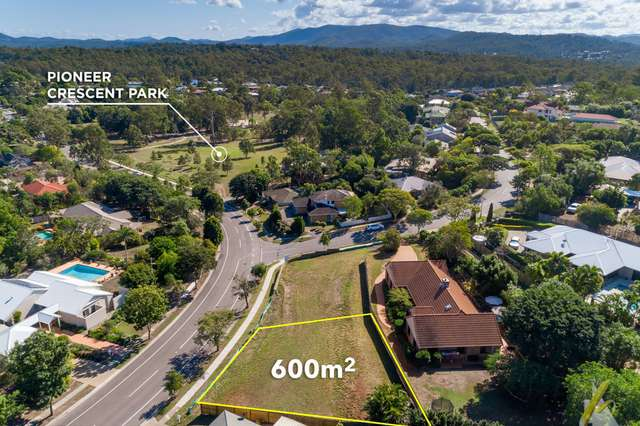 15 Pioneer Crescent, Bellbowrie QLD 4070