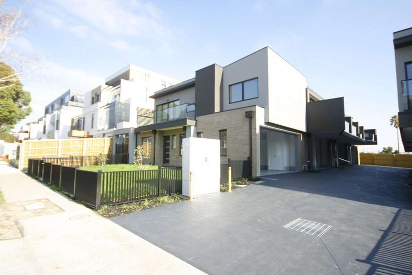 Main view of Homely townhouse listing, 9/17 Bent Street, Bentleigh VIC 3204