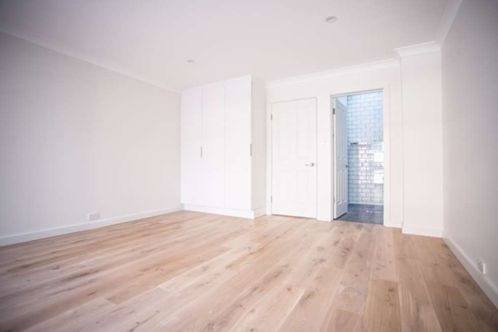 Third view of Homely apartment listing, 3/275 Clarence Street, Sydney NSW 2000