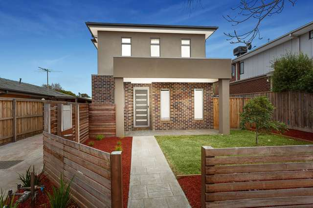 15 & 15A Hoffmans Road, Essendon West VIC 3040