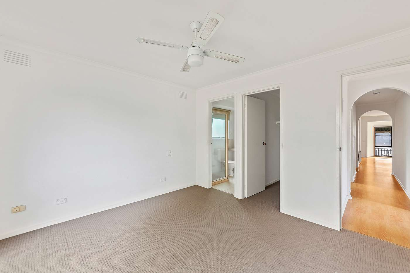 Sixth view of Homely house listing, 11 Ravensthorpe Crescent, Narre Warren VIC 3805