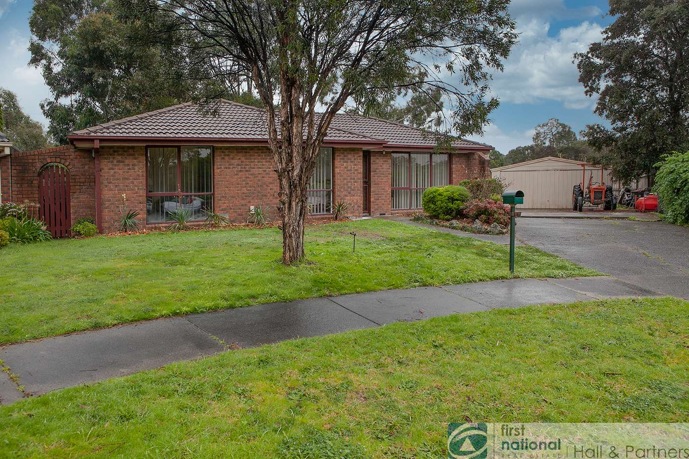 Main view of Homely house listing, 10 Fernbank Crescent, Mulgrave VIC 3170