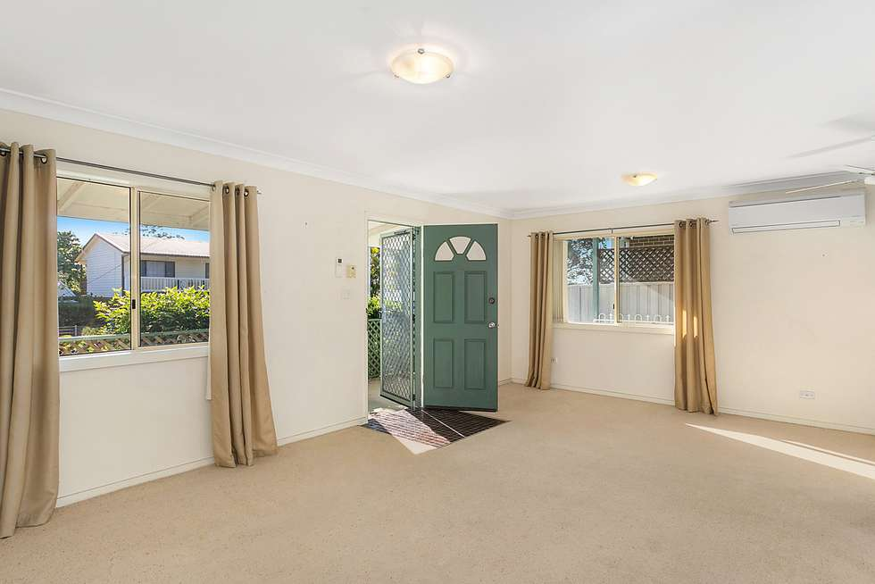 Second view of Homely house listing, 5 Warrina Avenue, Summerland Point NSW 2259