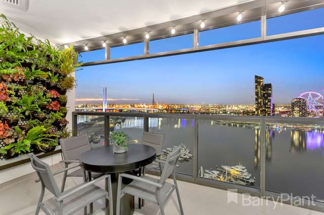 162/8 Waterside Place, Docklands VIC 3008